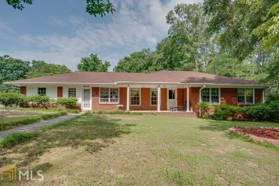 Single Family Home For Sale: 3233 Forrest Hills Dr