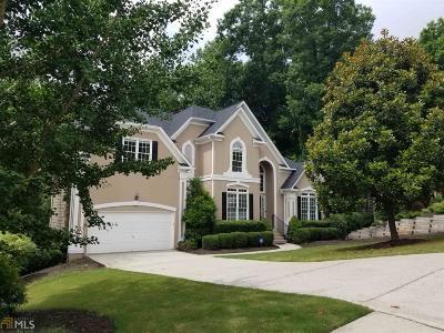 Single Family Home New: 720 Riverside