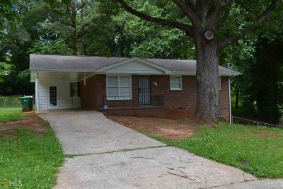 Clayton County Single Family Home For Sale: 880 Oakdale Dr