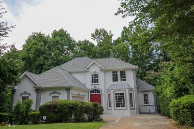 Stone Mountain Single Family Home For Sale: 7338 Wood Hollow Way