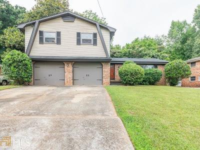 Atlanta Single Family Home New: 3165 Cherry Valley Dr