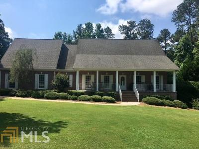 Madison Single Family Home For Sale: 204 Millbrook Cir