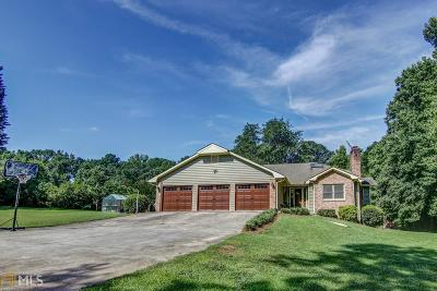 Loganville Single Family Home For Sale: 2408 Smith Dr
