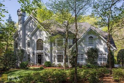 Roswell Single Family Home For Sale: 100 Connemara Rd