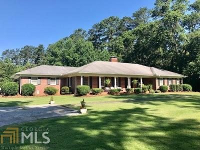 Griffin Single Family Home New: 909 Mockingbird Ln