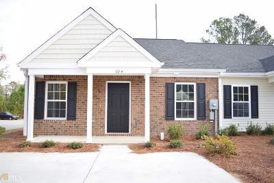 Statesboro Condo/Townhouse For Sale: 163 Buckhaven Way #21B