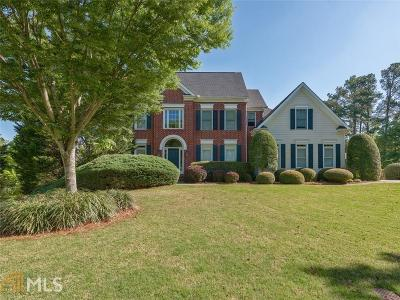 Roswell Single Family Home For Sale: 5045 Rosedown Pl