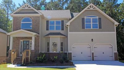 Lithonia Single Family Home For Sale: 8134 White Oak Loop