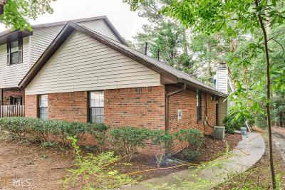 Norcross Condo/Townhouse For Sale: 6044 Wintergreen Rd