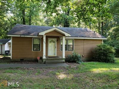 Cobb County Single Family Home For Sale: 6902 Wade