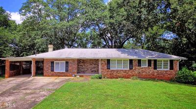 Roswell Single Family Home For Sale: 484 Maxwell Rd