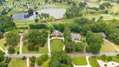 Johns Creek Single Family Home For Sale: 9425 Riverclub Pkwy