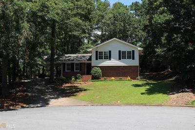 Roswell Single Family Home For Sale: 265 Mansell Cir