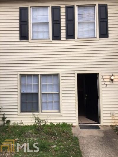 Conyers Condo/Townhouse For Sale: 1672 SE Hunting Creek Dr