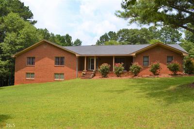Stockbridge Single Family Home For Sale: 199 East Mays Rd