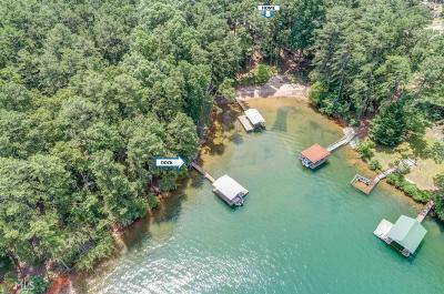 Buford  Single Family Home For Sale: 6640 Garrett Rd