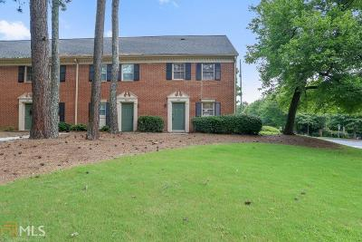 Alpharetta Condo/Townhouse For Sale: 567 Wedgewood Dr