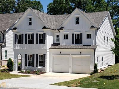 Norcross Single Family Home For Sale: 304 Autry