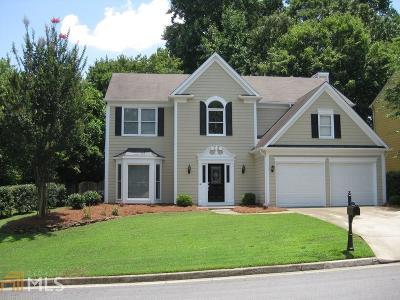 Johns Creek Single Family Home For Sale: 6290 Barwick Ln