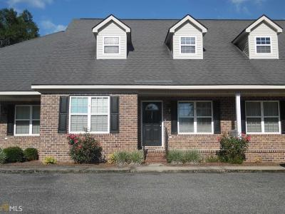 Statesboro Condo/Townhouse For Sale: 120 Lakeview Commons Dr