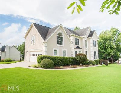 Flowery Branch  Single Family Home For Sale: 6135 Jamestown