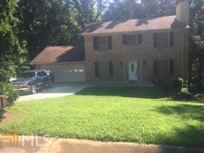 Stone Mountain Single Family Home For Sale: 4940 Fairforest Dr