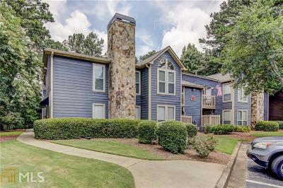 Roswell Single Family Home Under Contract: 4115 Canyon Point Cir