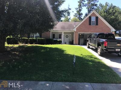 Snellville Single Family Home Under Contract: 2880 Lenora Springs Dr
