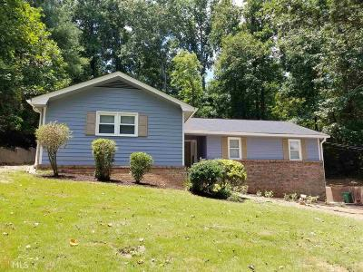 Lithonia Single Family Home Under Contract: 3923 Old Lantern Dr