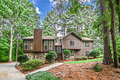 Duluth Single Family Home Under Contract: 2721 Old Coach Rd