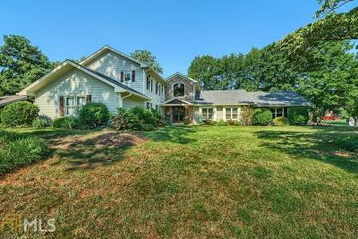 Roswell Single Family Home Under Contract: 1600 Oakfield Ln