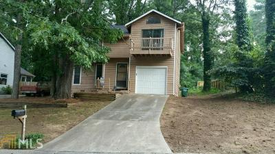 Snellville Single Family Home Under Contract: 3849 Valley Brook