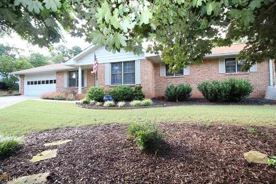 Roswell Single Family Home New: 320 Meadowood Dr