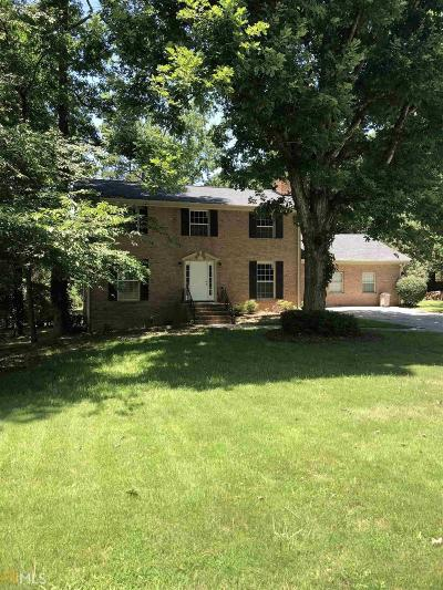 Conyers Single Family Home New: 2560 Paces Lndg