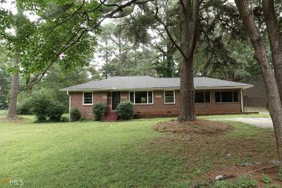 Clarkston Single Family Home For Sale: 861 Milam