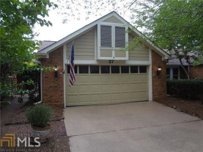 Roswell Single Family Home Under Contract: 27 Lake Villa Dr