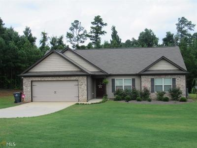 Griffin Single Family Home New: 127 Hunters Glen