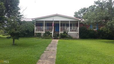 Barnesville Single Family Home For Sale: 403 Burnette Rd