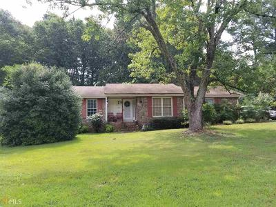 Conyers Single Family Home New: 2521 Country Club Dr