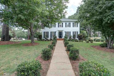 Snellville Single Family Home New: 1608 Fair Oaks Lane