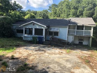 Dekalb County Single Family Home New: 834 Flat Shoals Way SE