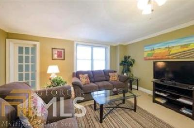 Atlanta Condo/Townhouse New: 300 W Peachtree Street 19h #19H