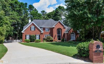 Roswell Single Family Home Under Contract: 4668 Warrington Dr