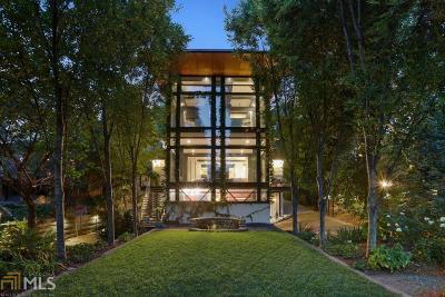 Atlanta Single Family Home For Sale: 543 Elmwood Dr