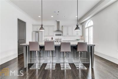 Woodstock Condo/Townhouse For Sale: 360 Chambers St #253