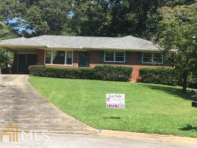 Clayton County Single Family Home For Sale: 6277 Stratford Arms Cir