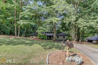 Roswell Single Family Home For Sale: 800 Brookfield Pkwy