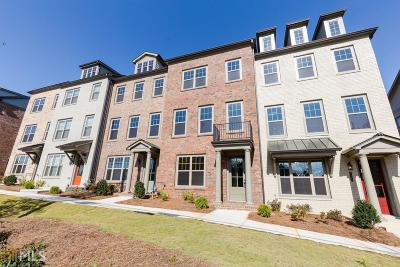 Roswell Condo/Townhouse For Sale: 10118 Windalier Way
