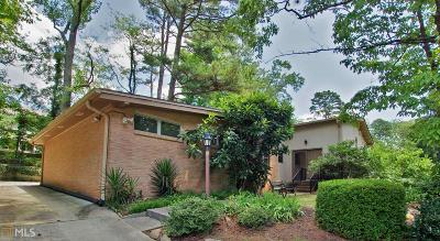 Atlanta Single Family Home For Sale: 1786 N Holly Ln
