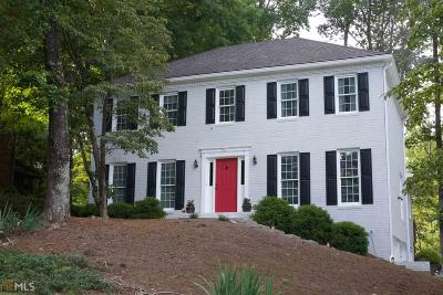 Roswell Single Family Home For Sale: 4061 Singing Post Ln